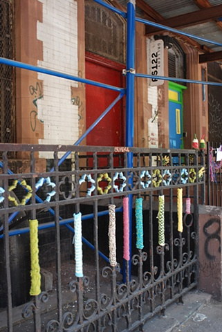 PS122Gallery outdoor fence