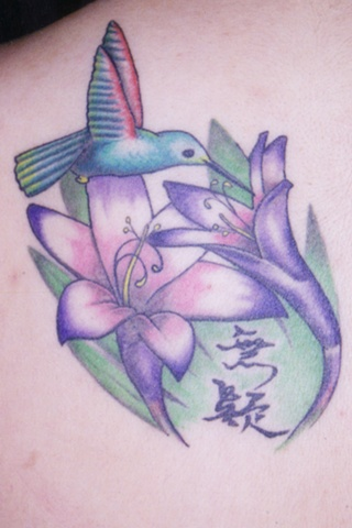 avalon tattoo, pacific beach, Humming bird Tattoo, Flwer Tattoo, Pretty Tattoo, san diego tattoo artist, atomic jellyfish