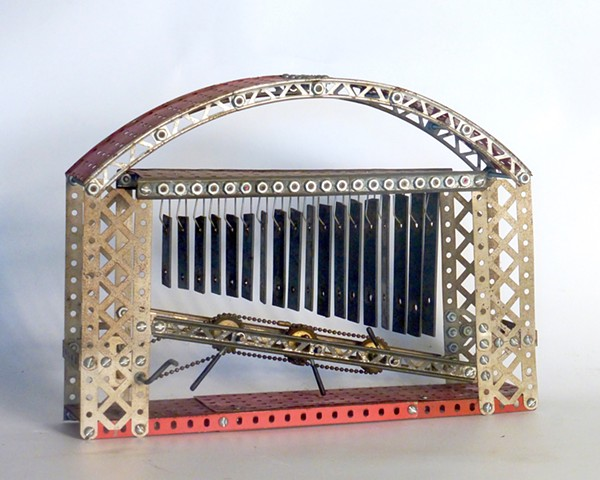 erector set, kinetic art, sound sculpture, Michael Thompson Chicago artist, kinetic sculpture