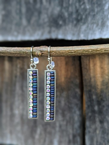 SKINNY DROP BLUE EARRINGS