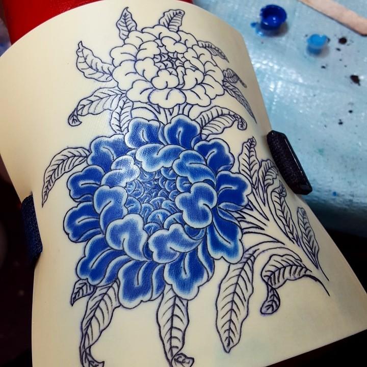 Elizabeth comport artist for Practice skin for tattooing