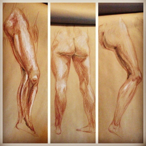 Art and Other Things by Shan - live model drawing. leg studie