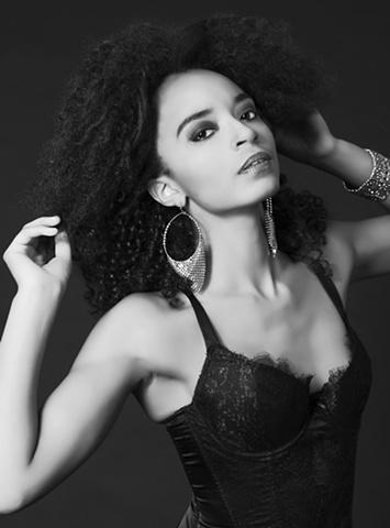 Joeni....Sharlet Grier Models