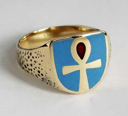 Yellow gold, glass enameled and ring