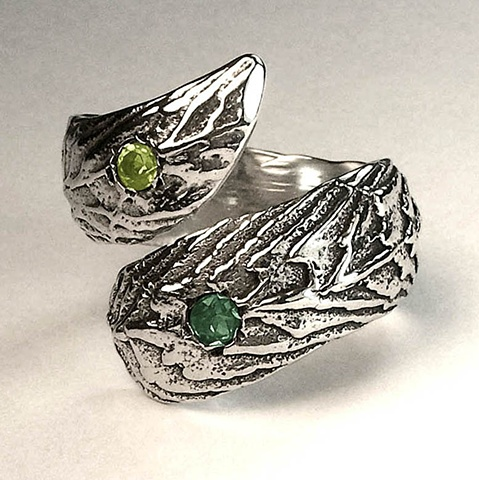 peridot & tourmaline cuttle wrap ring