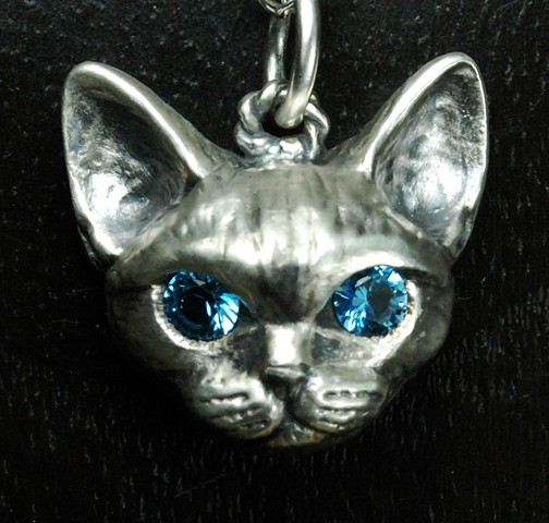 Custom cat portrait #catportrait #catCharm