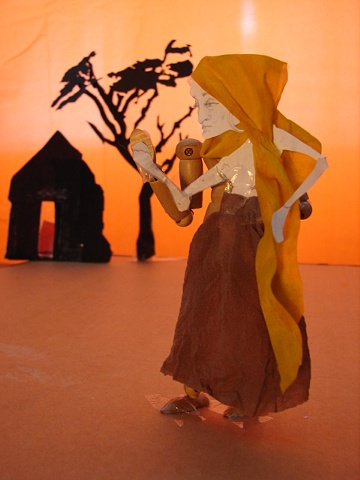 model for Mother puppet