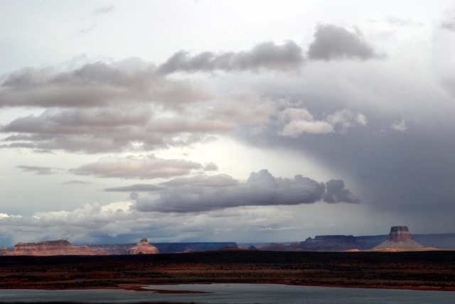 buttes at dusk, AZ/UT border