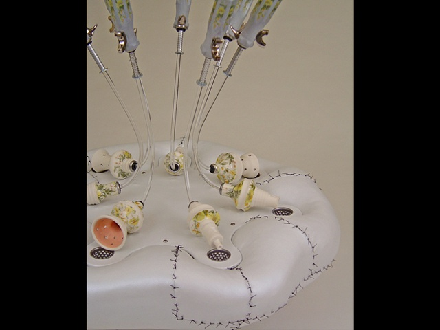 HANDLED STITCHERY II DETAIL