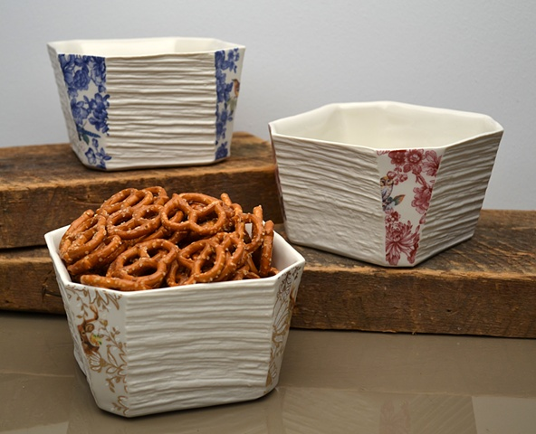 SQUARE ANIMAL BOWLS