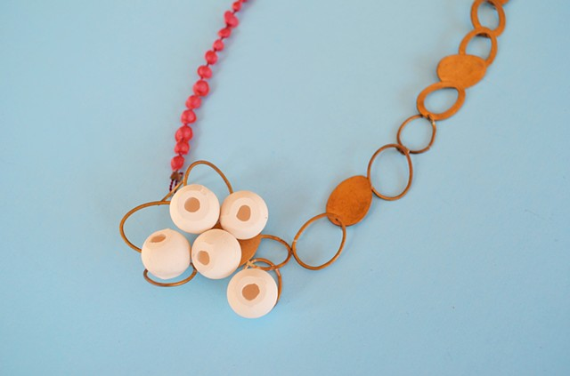necklace, porcelain, bronze, eggs