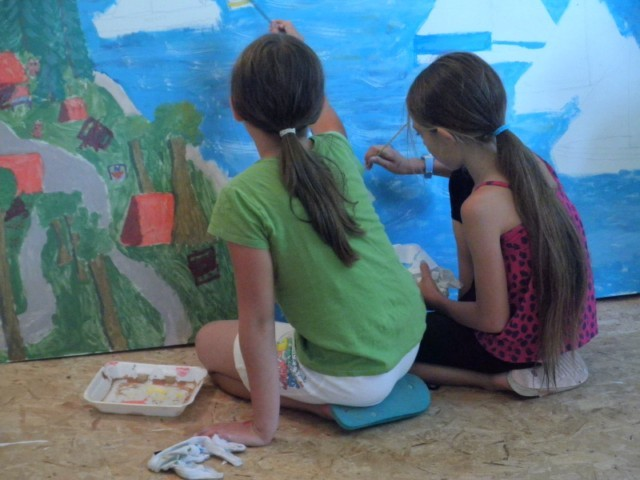 Four young artist ages 9-14 participated on this project