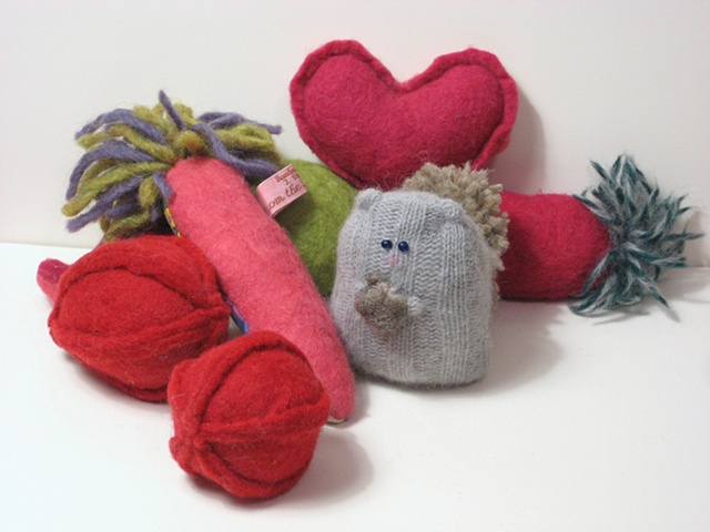Squirrelfriend, Felt Heart and Felt Plants