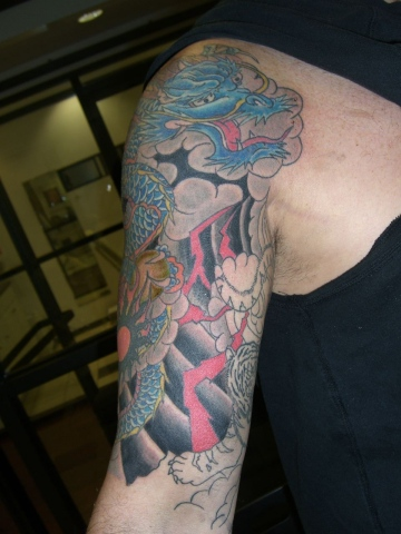 dragon -tiger 1/2 sleeve 2