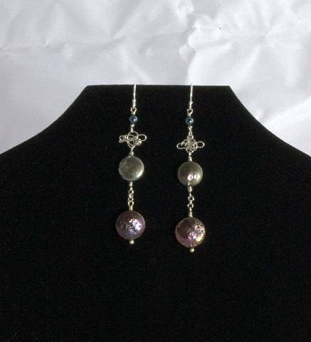 """Coin Pearl Earrings"""
