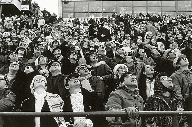 Gray Cup, 1972, 60th Gray Cup, Hamilton Tiger-cats, Saskatchewan Roughriders, Documentary, Black and White, Photography, Football, Edmonton