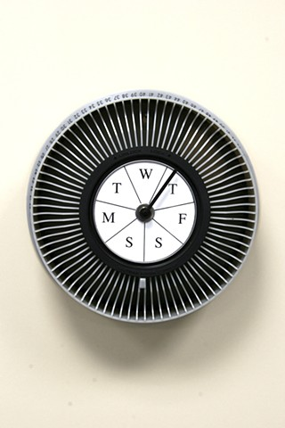 """Weekly Clock"" (type #3 gray)"