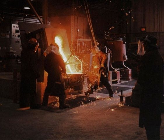 Ductile Iron Pour at the Johnson Atelier
