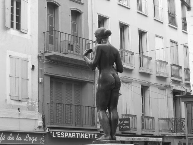 statue town centre