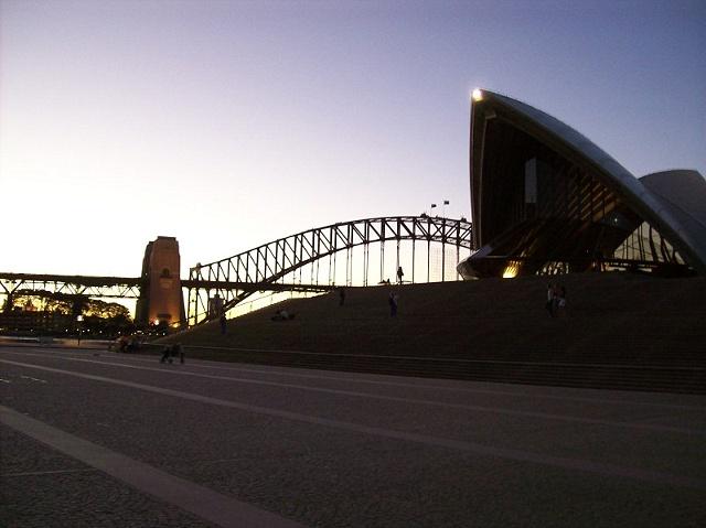 Opera House @ Dusk