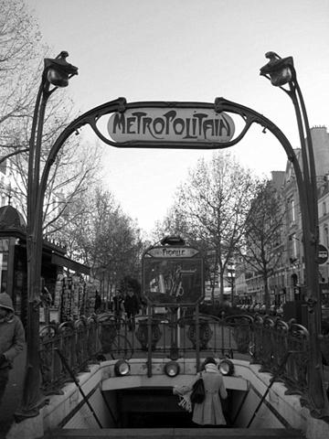 Paris Metro bw