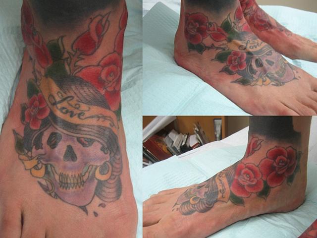 Love life skulls