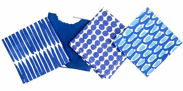 assorted blue cocktail napkins