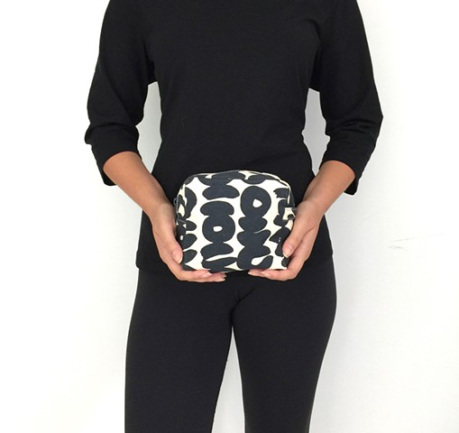 See Design Small Cosmetic Bag Sake Coal