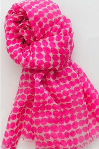 drops pink wool scarf