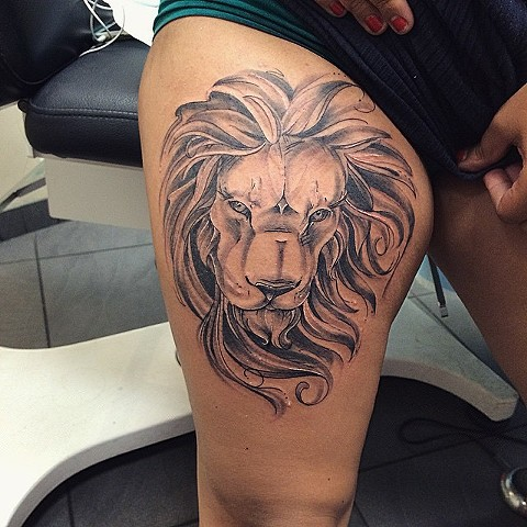 Illustrative Lion Tattoo By Sarah Michelle Black And Grey Black Gold Tattoo Co