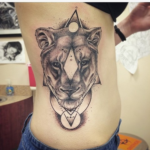 Lioness Portrait With Geometric Designs Tattoo By Sarah Michelle Black And Grey Black Gold Tattoo Co