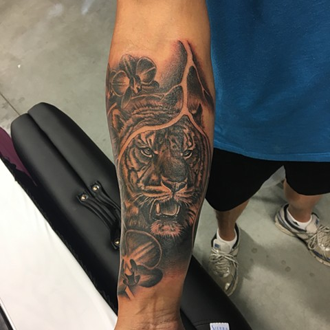 Tiger Tattoo By Dale Moostoos Black And Grey Crimson Empire Tattoo