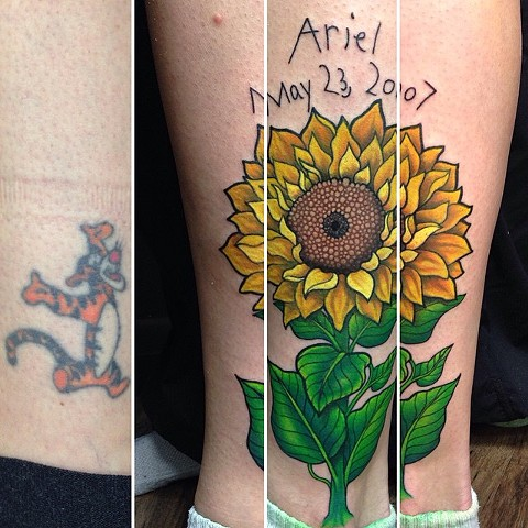 Sunflower Tattoo By Jess Alther Color Black Gold Tattoo Co