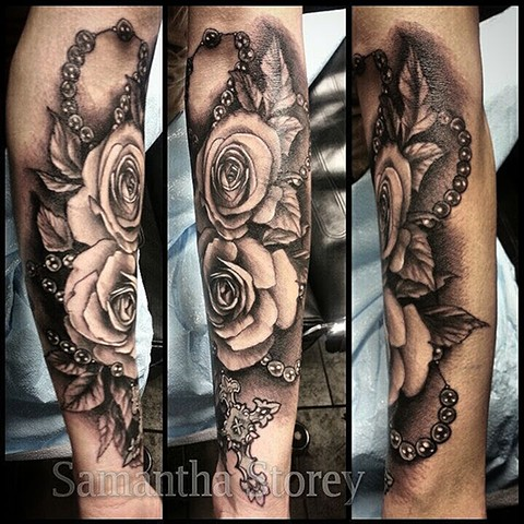 Roses And Rosary Tattoo By Samantha Storey Black And Grey Crimson Empire Tattoo