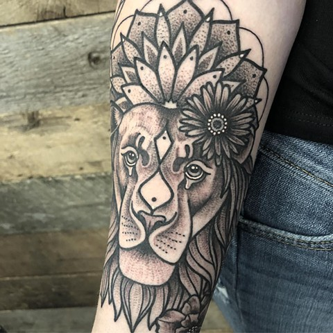 Lion Mandala Tattoo By Cheyanne Kot Black And Grey Crimson Empire Tattoo