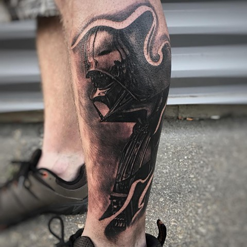 Star Wars Darth Vader Tattoo By Alan Coates Black And Grey Black Gold Tattoo Co