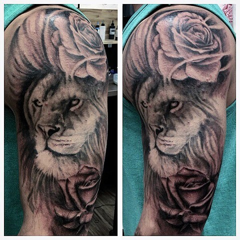 Lion And Rose Tattoo By Romeo Ostiguy Black And Grey Black Gold Tattoo Co