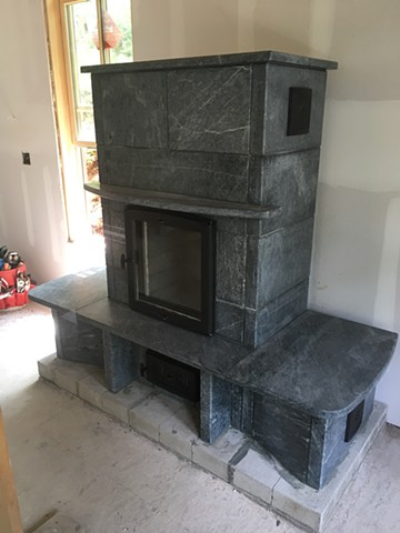 Soapstone heater by Greenstone Heat