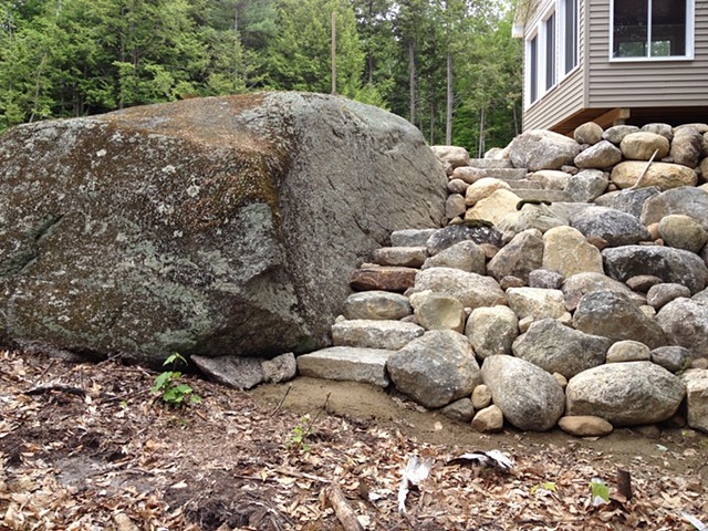 Natural style stone scaping
