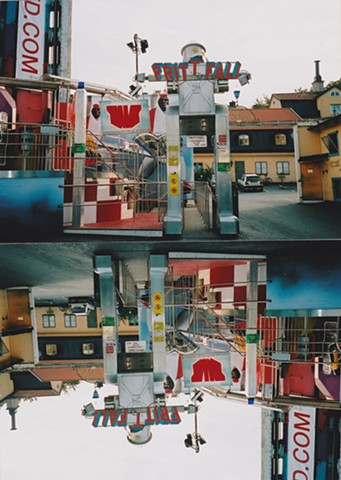 Jennifer McMackon, Frit-T-Fall, Now and Next Minute Upside Down Reversal Photograph, XpoSeptember, Konstakuten