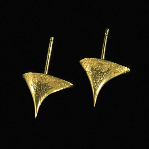 Rose Thorns Studs