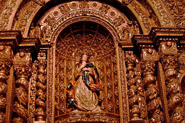 Virgin, Quito, Ecuador