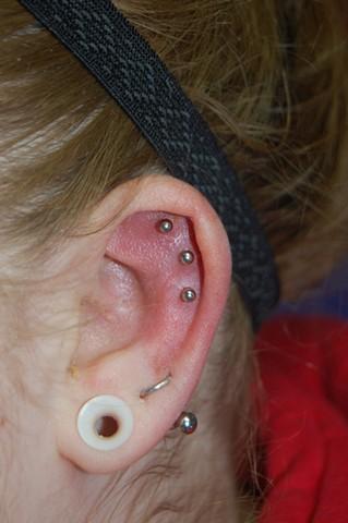 Triple upper ear