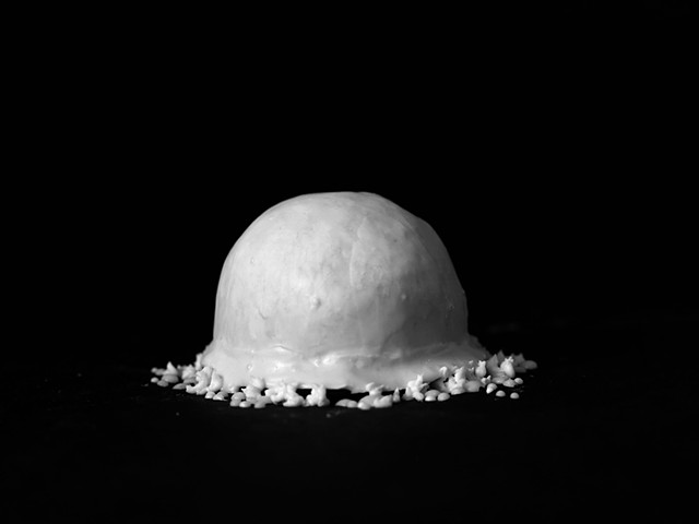 Rena Leinberger photo of Trinity Nuclear testing explosion in cake frosting