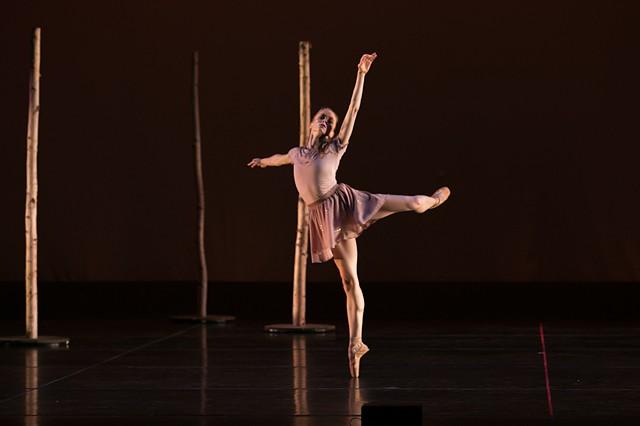 "Olivia Sabee performing ""Fall"""