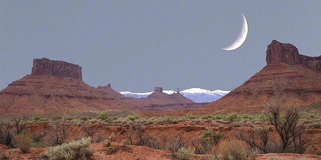 Utah and the Moon, Light Box