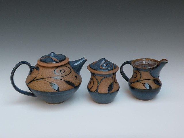 Tea set in blue