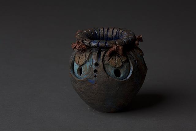 Lilly Pot