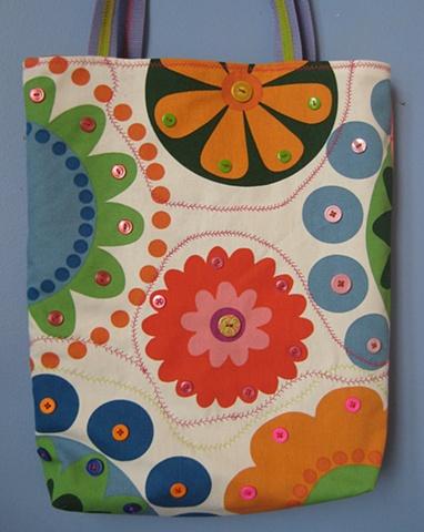 market bag, shoulder bag, button bag