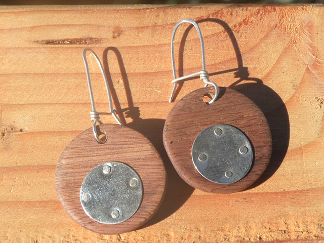 dropped disk earrings made of kimane wood and sterling silver